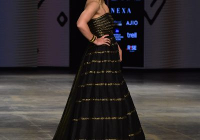 FDCI x LFW Day 5: Soha Ali Khan sparkles in a black and gold strapless dress by Megha Jain Madaan: Yay or Nay?