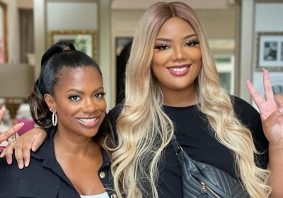 Kandi Burruss Poses With 'Her Tribe' And Fans Are Cheering For Her